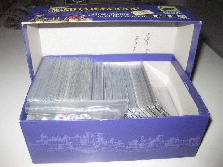 Caja con componentes